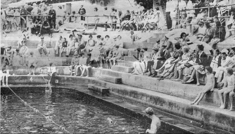 competitors at a swimming carnival at Mitchell River Pool