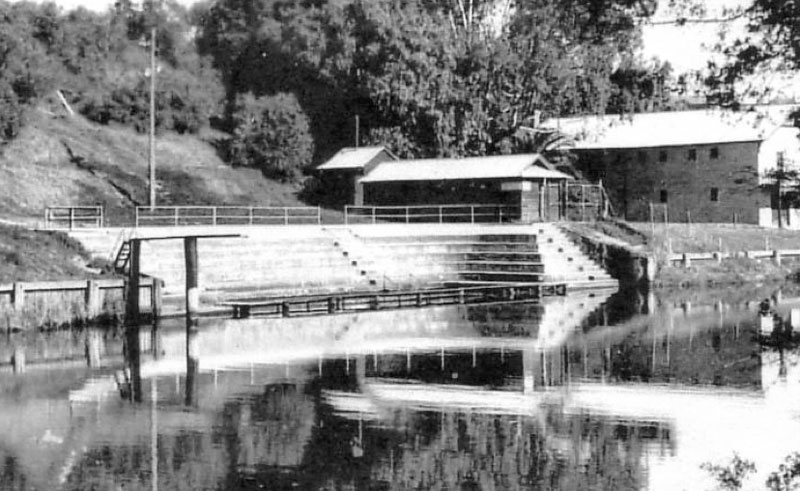 The od swimming pool at Mitchell River